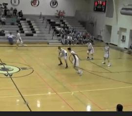 Des Basketteuses se prennent pour des joueurs de Football Américain