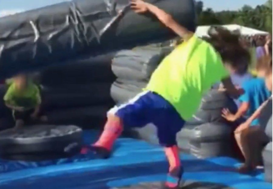 jeune_garcon_fail_obstacles_totalwipeout_mauvais