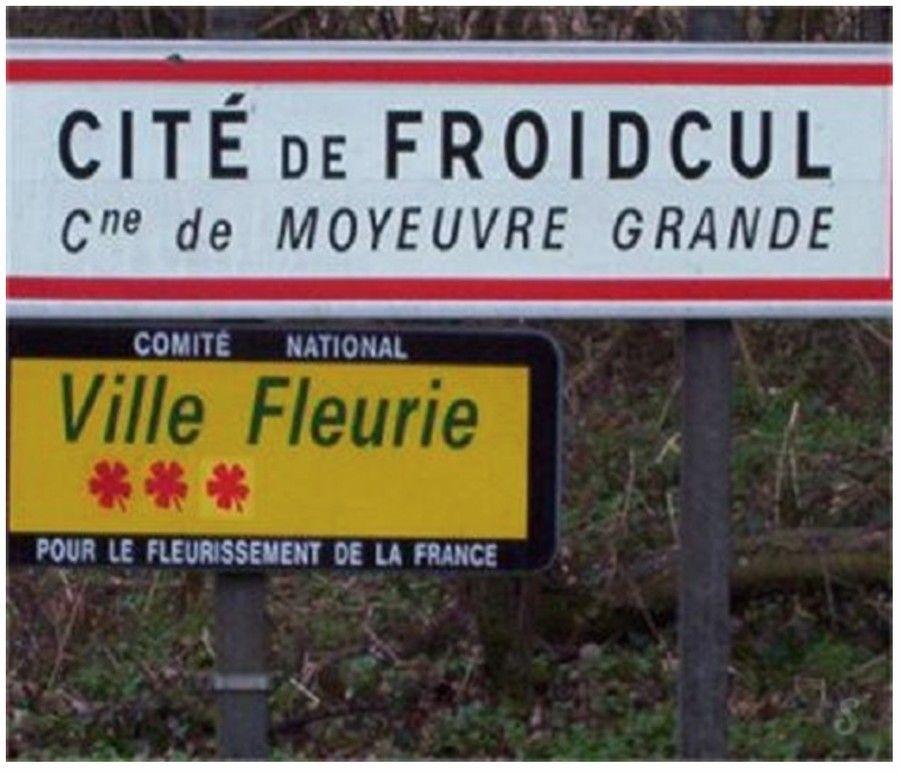 panneau_village_cite_de_froidcul_moselle