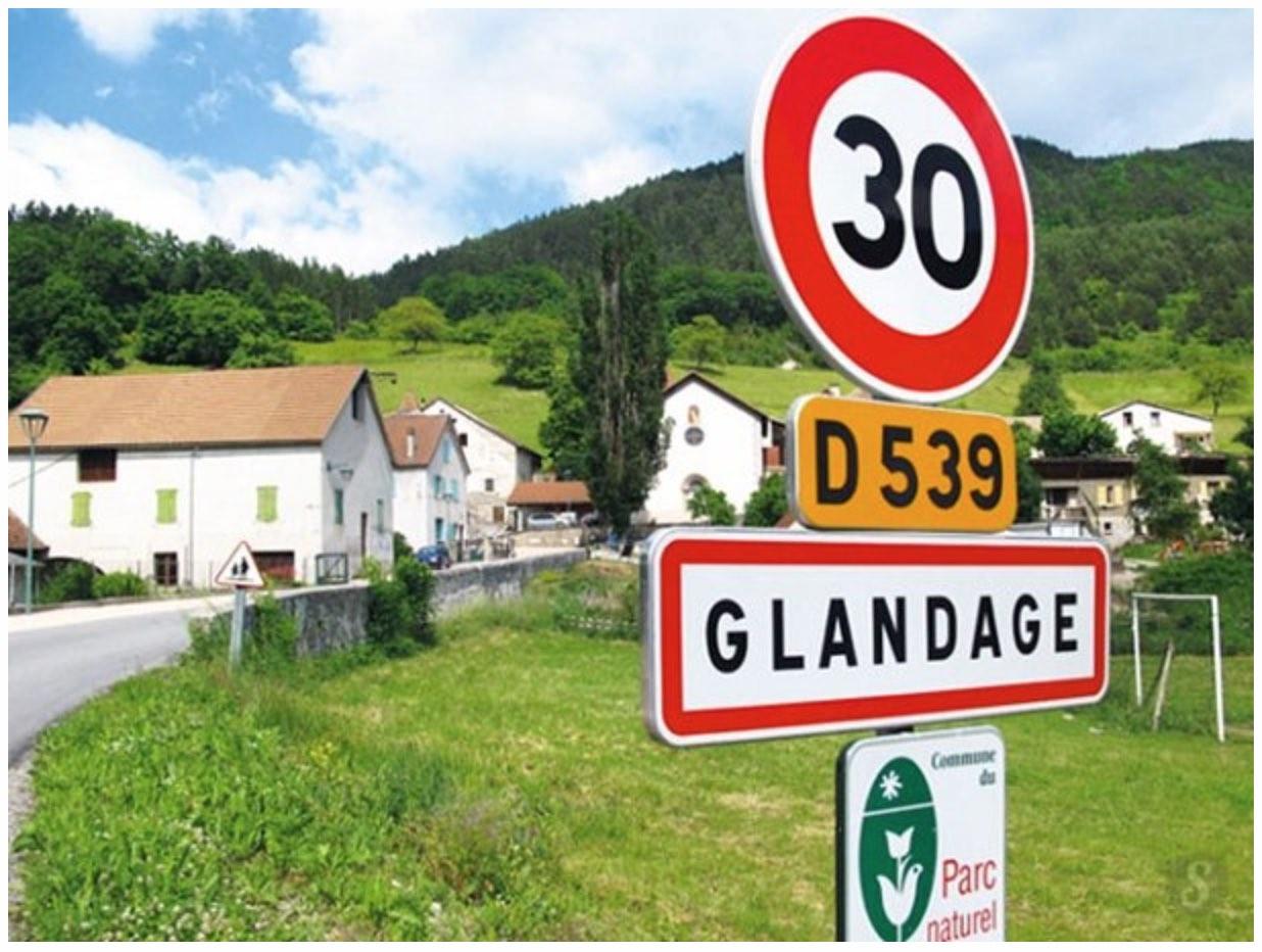 panneau_ville_glandage_drome