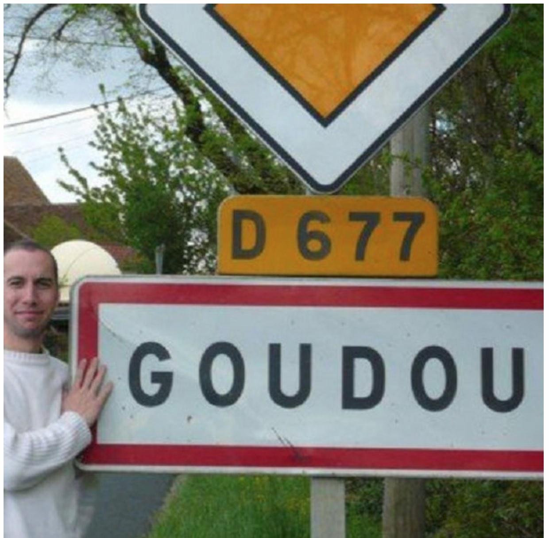 panneau_ville_goudou_lot